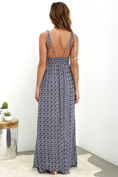 If sandy beaches are what you seek, let the Field Day Navy Blue Print Tie-Strap Maxi Dress be your guide! Strappy maxi has a plunging V front and smocked waist. Beach Dresses, Cute Dresses, Casual Dresses, Summer Dresses, Vacation Dresses, Midi Dresses, Floral Dresses, Prom Dress Shopping, Online Dress Shopping