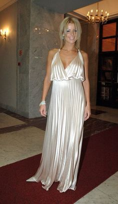 MARTA  WIŚNIEWSKA Mandaryna. Celebs, Formal Dresses, Fashion, Celebrities, Dresses For Formal, Moda, Fashion Styles, Fasion, Gowns