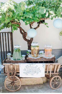Himmelblaue Boho Hochzeit von Caterina Hoffmann Photography