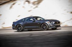 CARS - Ford Mustang : les caractéristiques pour l'Europe dévoilés ! - http://lesvoitures.fr/ford-mustang-europe-2015-prix/