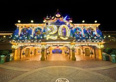 Christmas at Disneyland Paris with thedreamtravelgroup.co.uk