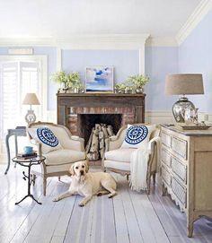 Salotto in legno e azzurro