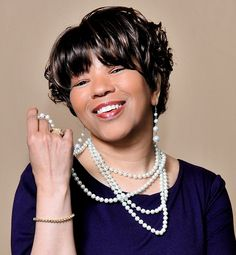 Entrepreneur, Author, Speaker, Consultant to Billion Dollar Companies and Host of Buzz Talk Radio, Odessa Hopkins, affectionately known as Lady O, speaks on the value and importance of overcoming adversity through self-empowerment and self-sufficiency.  http://www.blogtalkradio.com/mwhyllc/2014/08/30/the-joan-henry-show