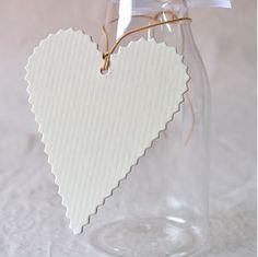 Ver detalles de Etiqueta corazón marfil