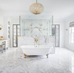 👀 whoa marble bath