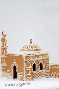 A Gingerbread Masjids..this would be cute craft in cardboard !