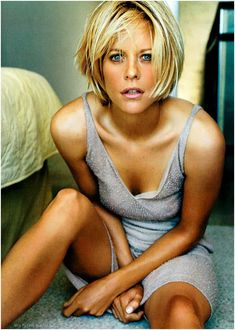 Meg Ryan. I just love her. Honestly. She occupies my 'favorite actress' spot for 20 years now.