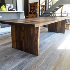 Custom Metal + Wood в Instagram: «Really happy with how this all wood farmhouse table turned out. Anyone else a big fan of this classic look? Would love to hear some opinions!! ⬇️»