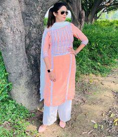 Punjabi Girls, Punjabi Suits, True Feelings Quotes, Punjabi Fashion, Embroidery Suits, Patiala, Chandigarh, Indian Dresses, Lehenga