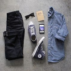 Outfit grid Denim shirt & black jeans Joey Gallegos Touching and Emotional Photo Pinslapel is part of Fashion - Outfit grid Denim shirt & black jeans Outfit grid Denim shirt & black jeans Denim Shirt Black Jeans, Black Jeans Outfit, Denim Shirts, Men Denim Shirt Outfit, Black Pants, Casual Wear, Casual Outfits, Men Casual, Simple Outfits