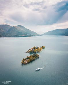 Tessin Sehenswürdigkeiten Brisago Inseln World Travel Guide, Next Holiday, Plan Your Trip, Traveling By Yourself, Tourism, Beautiful Places, Boat, River, Vacation