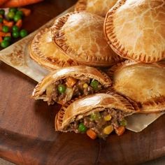 Yum yum yummy Shepherds Pie Hand Pies #recipe