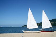A praia do Portobello Resort em Mangaratiba no Rio de Janeiro, Brasil, por Marcio Nel Cimatti do ajanelalaranja.com