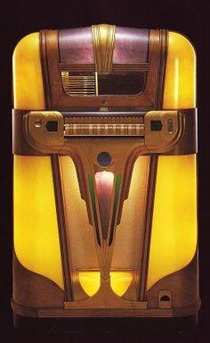 1939 Mills Empress juke box Music to play 45 records Art Nouveau, Jukebox, Belle Epoque, Muebles Art Deco, Rock And Roll, Design Movements, Pop Art, Record Players, Phonograph