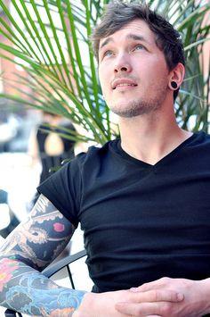 Scott wants an octopus tatoo so I'm pinning this Hot Tattoos, Tattoos For Guys, Tatoos, Sleeve Tattoos, Gorgeous Men, Beautiful People, He's Beautiful, Hello Gorgeous, Piercings