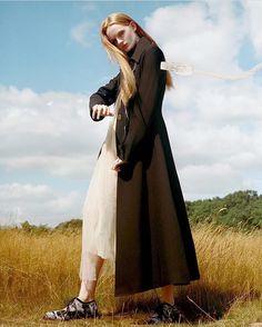 WEBSTA @ rejinapyo - LOVE ❤️ #RejinaPyoLindaCoat @metal_magazine  #model @izzyherriett by #photographer @mashamel for metalmagazine.euStyled by #stylist @yana_mckillop Hair and make up by @kseniagalina#metalonline #metalmagazine #editorial #화보 #magazine #coat #잡지 #모델 #스타일리스트 #코트 #simonerocha #damirdoma #시몬로샤 #다미르도마