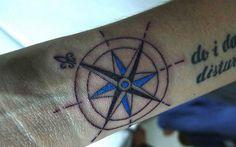 """""""Para quem não sabe aonde vai, qualquer caminho serve."""" Confira algumas tatuagens de bússola que combinam com o seu estilo. E você? Sabe onde quer chegar?"""