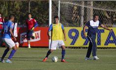 Fábio vê Luxa dedicado e reconhece sinal de alerta ligado no Cruzeiro #globoesporte