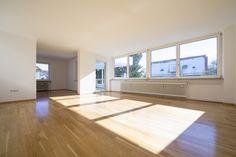 Nymphenburg/Gern: Gut geschnittene Drei-Zimmer-Wohnung mit großer, sonniger Süd-Terrasse Details: http://www.riedel-immobilien.de/objekt/2543