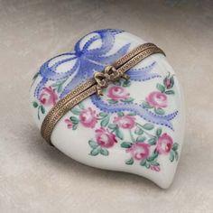 Blue Ribbons and Roses Heart box