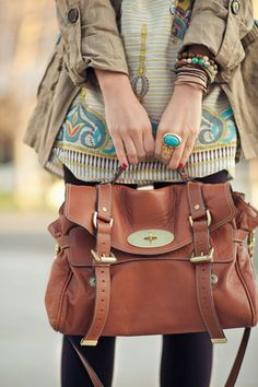 GAH. Want this bag.