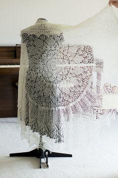 Ravelry: rahardjo-knits' handspun Evenstar Shawl
