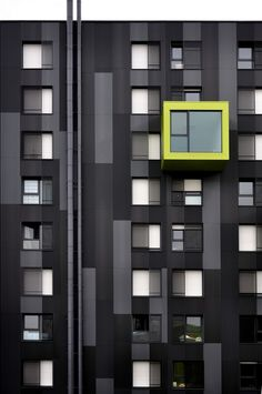 Bobo Feed...black and yellow! #architecture #design #architecture ☮k☮