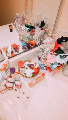 41 elegant dorm room organization decorating ideas 8 Gardening generally is Cute Room Ideas, Cute Room Decor, Room Ideas For Teen Girls Diy, My New Room, My Room, Girls Bedroom, Bedroom Decor, Trendy Bedroom, Bedroom Inspo