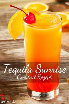 Cocktail recipes, popular and refreshing summer cocktails-Cocktail Rezepte, beliebte und erfrischende Sommercocktails – WOMZ You are looking for a delicious Tequila Sunrise recipe? I& show you how to make this cocktail. Cocktail Menu, Cocktail Glass, Signature Cocktail, Cocktail Recipes, Cocktail Movie, Cocktail Sauce, Cocktail Attire, Cocktail Shaker, Cocktail Dresses