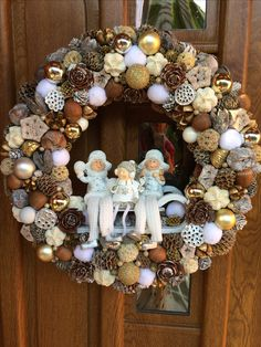 Advent wreath door diy craft white brown silver gold family sleigh