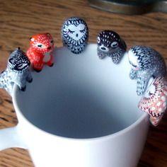 Attrape-thé personnalisable omamawolf figurine en porcelaine froide