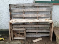 Forest Tots: Making a DIY mud kitchen (for free!) For the den