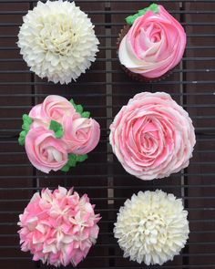 Pink and White Floral Cupcakes @sweetindulgences8 using tips 2D, 104 & 81