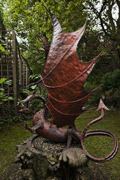Steel Dragon Sculpture - I need this on the stump on my front lawn! Steel Dragon Sculpture - I need Magical Creatures, Fantasy Creatures, Dragon Oriental, Statues, Breathing Fire, Dragon Dreaming, Welsh Dragon, Dragons, Ange Demon
