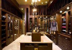 7 Essentials to Luxury Closets - 4homedecoration