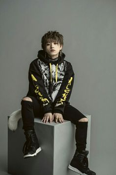 Listen to every Nissy track @ Iomoio F4 Members, Jung Jaewon, Punk, Singers, Idol, Track, Entertainment, Artists, Music