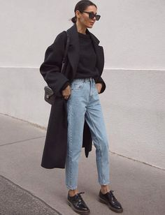 Grunge Style, Soft Grunge, Galaxy Converse, Grunge Outfits, Converse Chuck Taylor, Chuck Taylors, Mode Zara, Chelsea Boots Outfit, Dr Martens Outfit