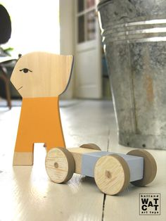 This is a lovely puppet boy with a skateboard. You can use them together or apart. The skateboard become now a race car!