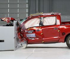 ARLINGTON, Va. — The redesigned Nissan Titan failed to hold up in the Insurance Institute for Highway Safety's small overlap front crash test, earning only a marginal rating.The performance of the T...