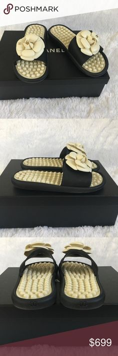 1512ebb68a6b Chanel CC Camellia Mule Slide Sandals Sz35 Chanel Black and White Slide  Mules with gold CC