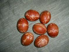 dažyta svogūnų lukštais