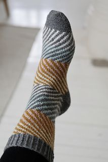Socks Ravelry: Namu pattern by Maria Kostamovaara Fair Isle Knitting, Knitting Socks, Baby Knitting, Knit Socks, Knitting Patterns, Crochet Patterns, Brooklyn Tweed, Learn How To Knit, Patterned Socks