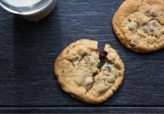 What if we told you that we took everything you loved about the classic chocolate chip cookie and made it gluten-free and healthy?  Our bakers used a special blend of oat flour and fluffy tapioca flour to recreate that light yet chewy texture we all love about a great chocolate chip cookie. Next, they sourced the very best rich, dark chocolate and amply folded in a generous amount of these decadent morsels. After one bite, you will be blissfully transplanted to the days of your youth.