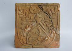 Kafel piecowy z Herbem Trąby, z ok. 1490-1495 r.