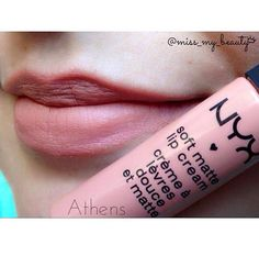 Soft Matte Lip Cream Athens nos lábios da @miss_my_beauty
