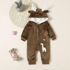 To find out about the Baby Embroidery Detail Hooded Jumpsuit at SHEIN, part of our latest Baby Bodysuit ready to shop online today! Baby Embroidery, Baby Online, Unisex Baby, Baby Bodysuit, Onesie, Cute Cartoon, Baby Boy, Jumpsuit, Rompers