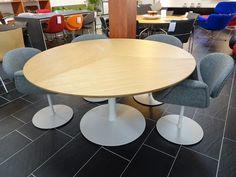 Gispen 7208 tafel linoleum desk top zwart pinterest desks and modern