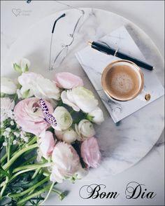 ☕ BOM DIA !  Que as bençãos de Deus transbordem na sua vida, na sua casa e sobre toda a sua família, trazendo paz, saúde, força, sabedoria, união, fé, e... - ღ Cantinho da Chris ღ - Google+