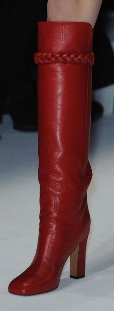 Paris Fall 2014 - Valentino- Tuba TANIK. These have me written all over them...