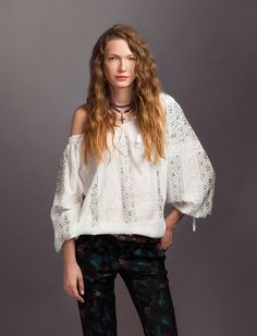 Romanian Artisans Embroidered Blouse, Ruffle Blouse, Folk Fashion, Blouse Outfit, Long Sleeve Tunic, Traditional Art, Silk, Lace, Model